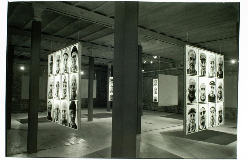 Douze portraits de Chibanis, photographie de Loïc Le Loët, 2001